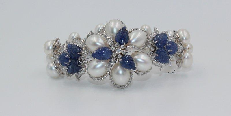 18Kt WG 3.12ct. Diamond & 23.58 Sapphire Bracelet