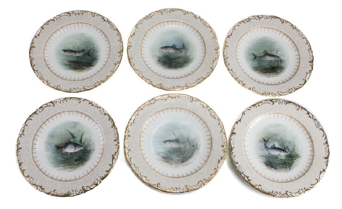 16 Wedgwood Porcelain Fish Plates - 3