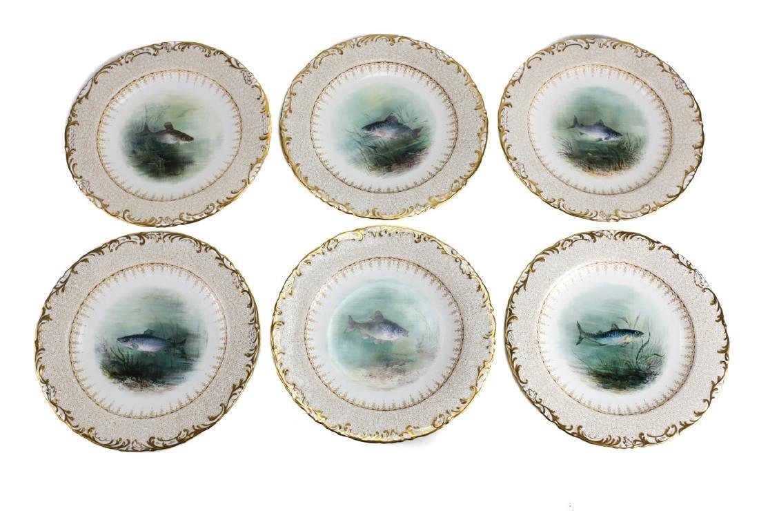 16 Wedgwood Porcelain Fish Plates - 4