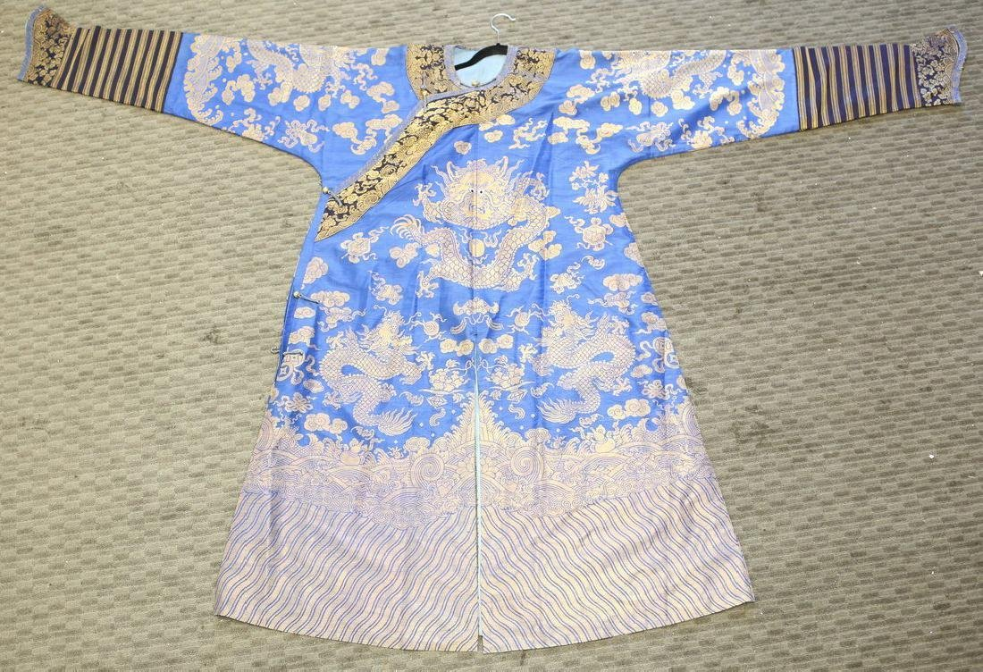 19th Century Chinese Embrodered Silk Robe
