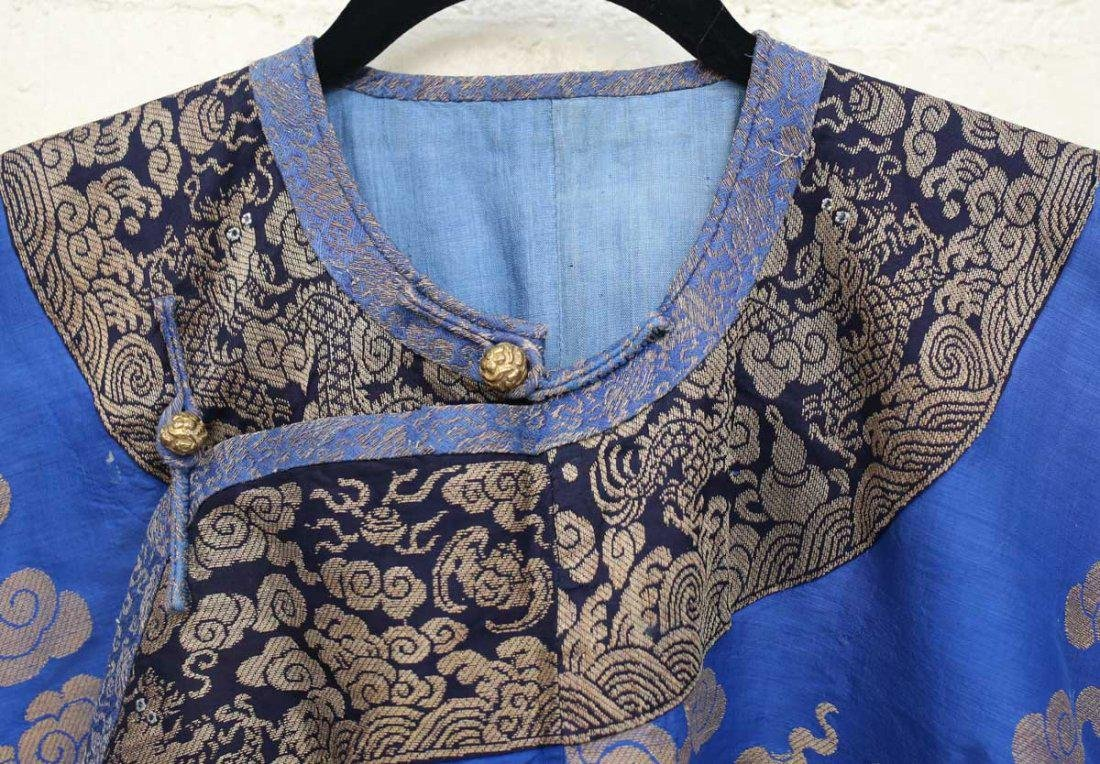19th Century Chinese Embrodered Silk Robe - 2