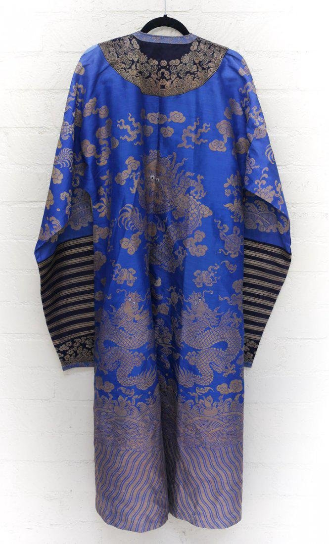 19th Century Chinese Embrodered Silk Robe - 3
