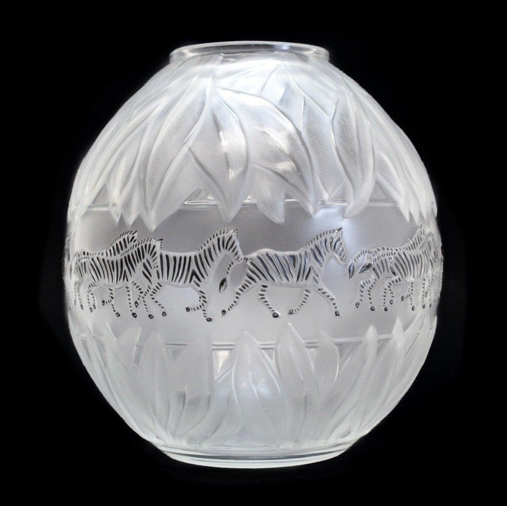 Lalique Crystal Vase Tanzania - 2
