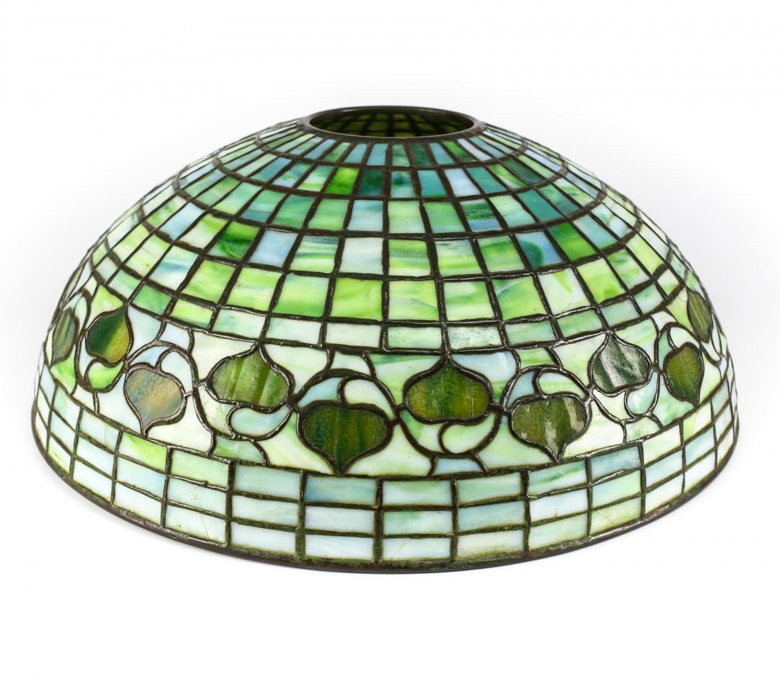c1910 Tiffany Studios Acorn Leaded Glass Lamp Shade