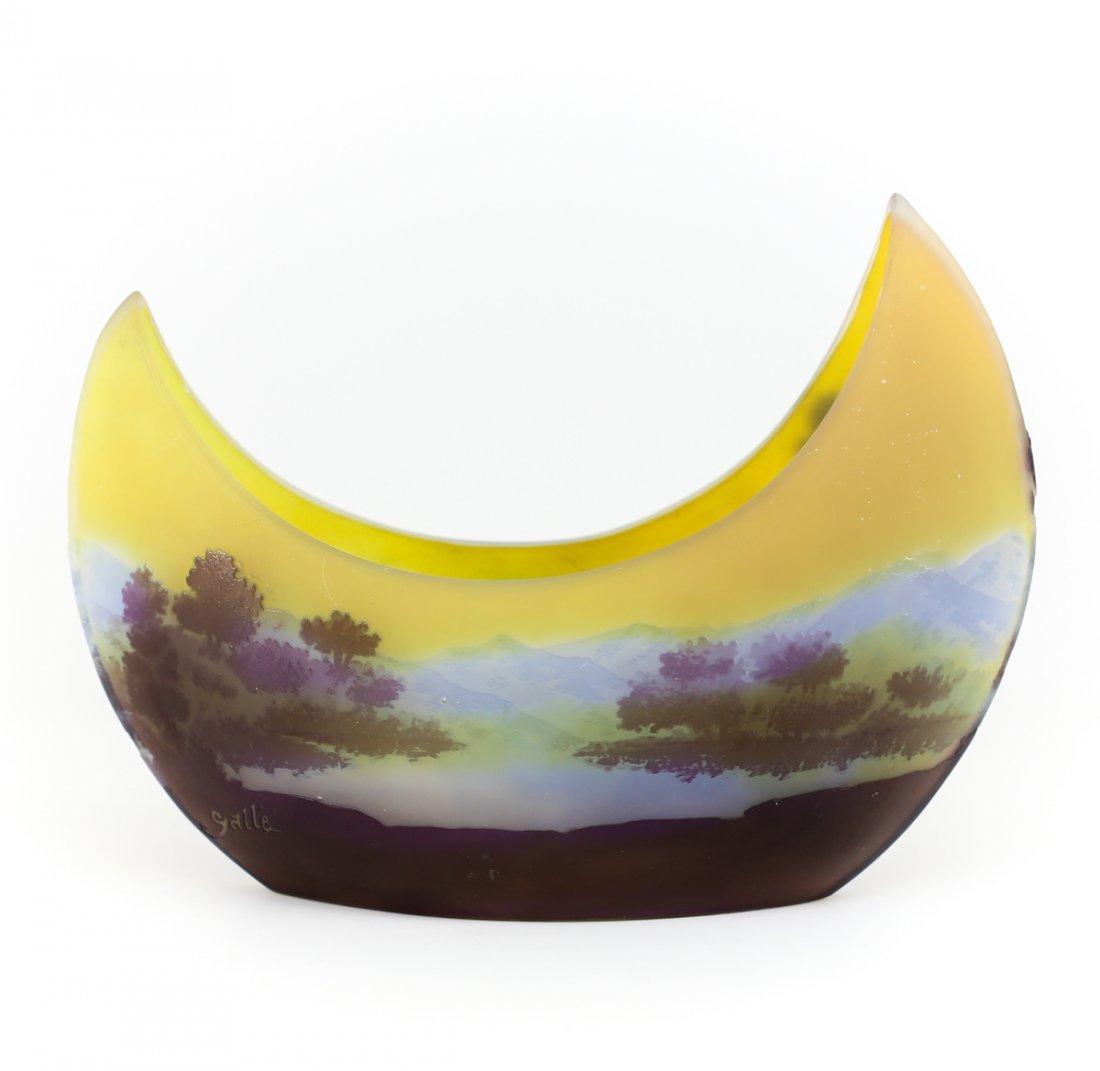 Galle  Paysage de Verre cameo boat vase