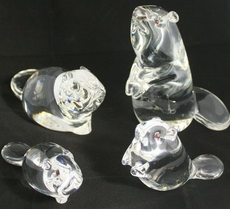 FOUR Magnificent signed Steuben crystal BEAVER figures