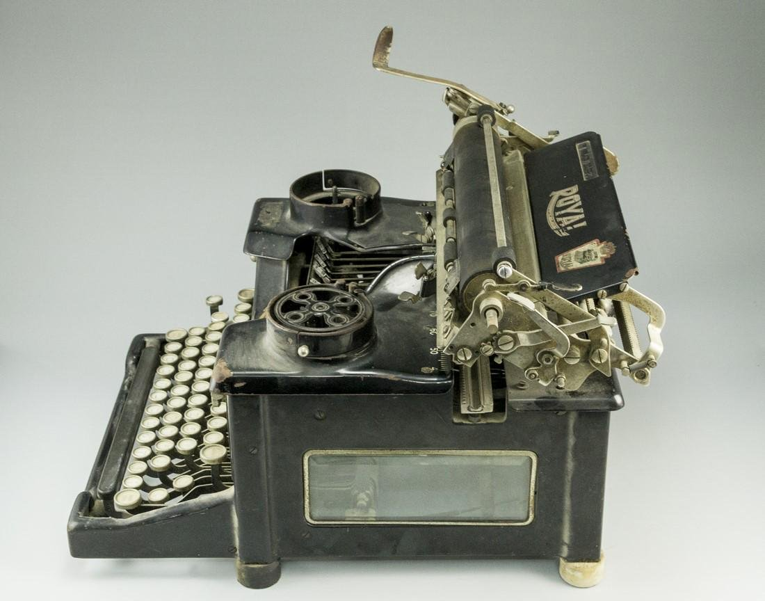 Hebrew Typewriter - 5