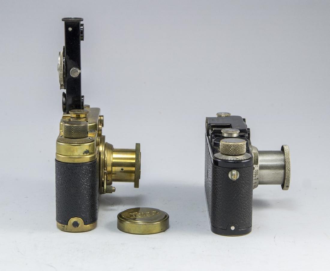 Lot of two Camera Replicas - 2