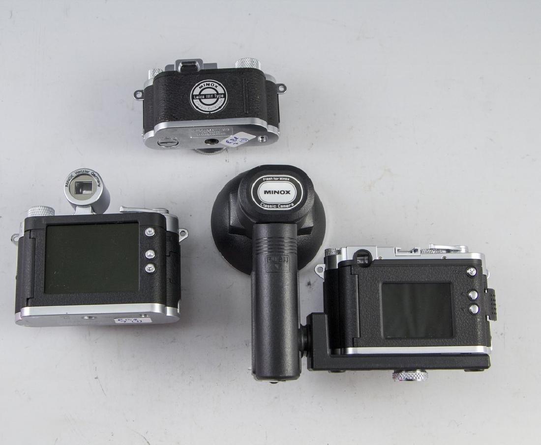 Lot of Camera Replicas - 2