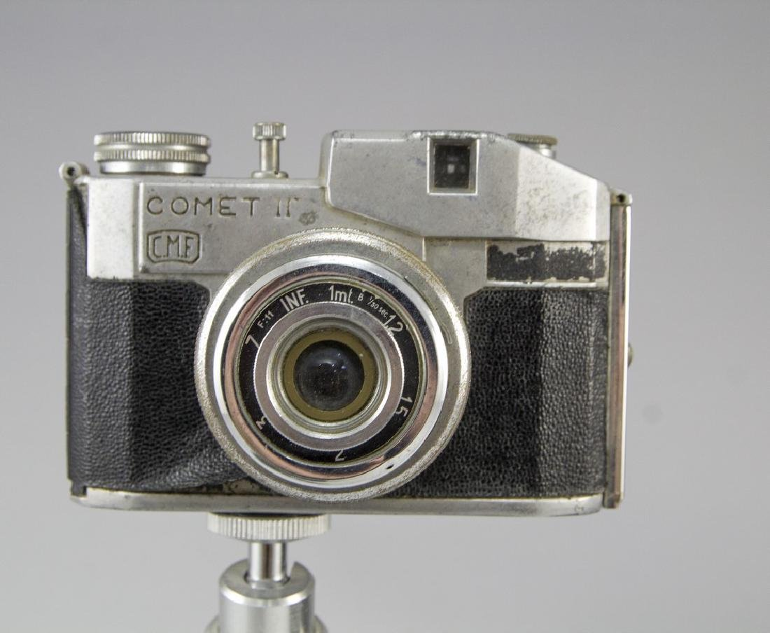 Lot of Vintage Cameras - 4