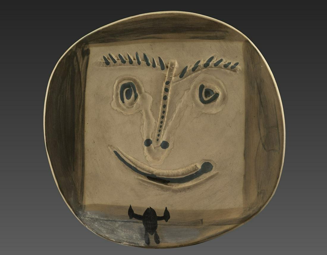 Pablo Picasso (1881-1973), Earthware Plate