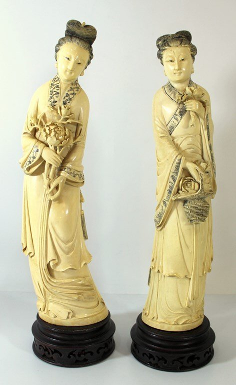 Pair of fine large Japanese ivory figurines