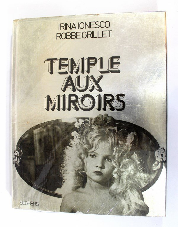 Temple Aux Miroirs, erotic photographs by Irina Ionesco