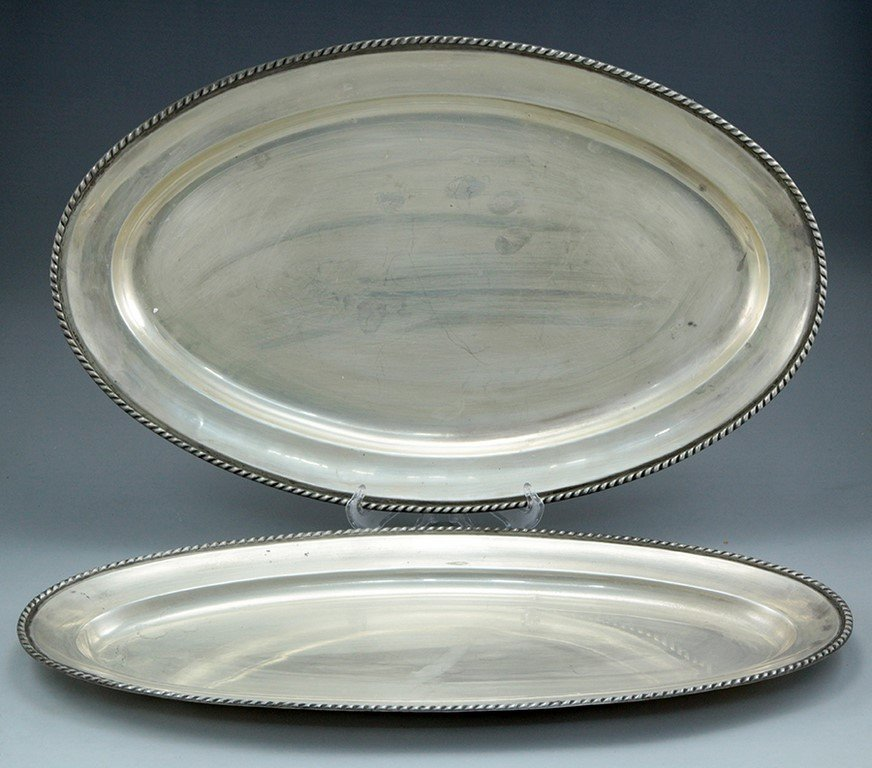 Lot of 2 Spanish silver trays