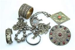 Lot of ethnic jewelry pieces
