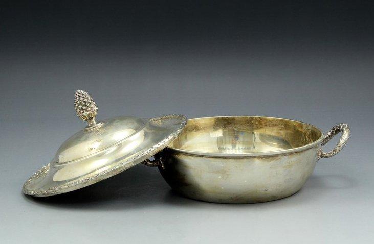 German Neoclassical silver lidded bowl - 2