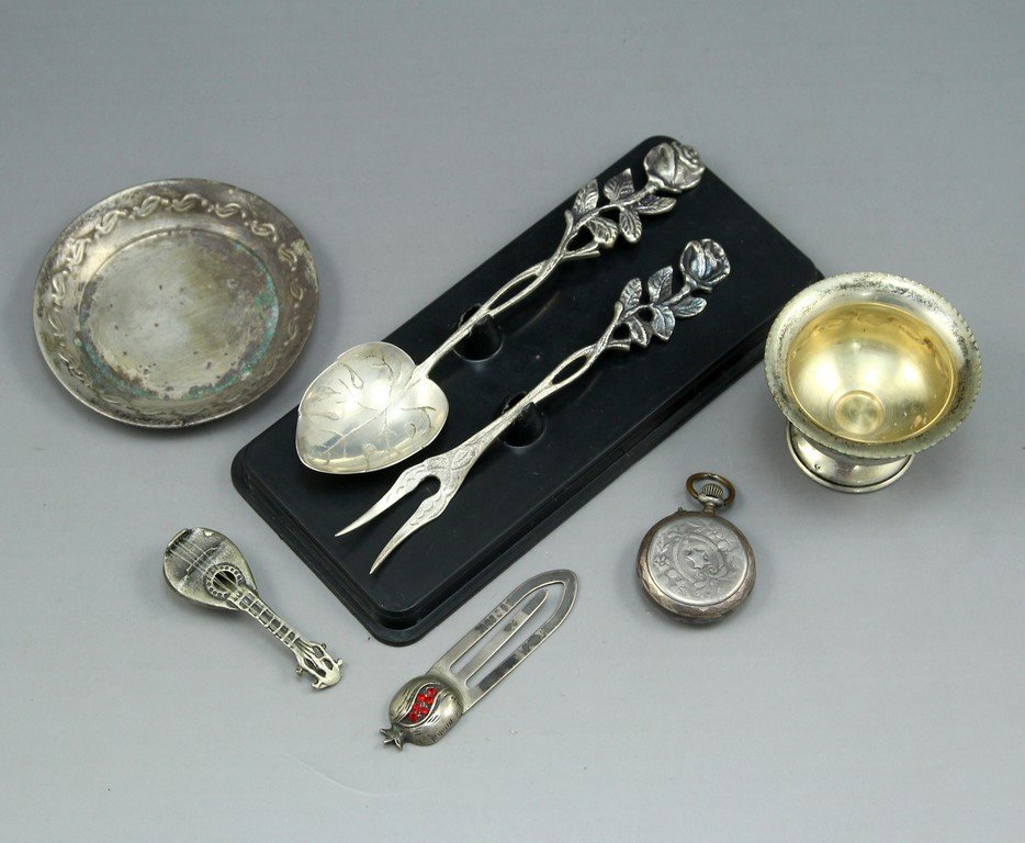 Miscellaneous Small Silver Items