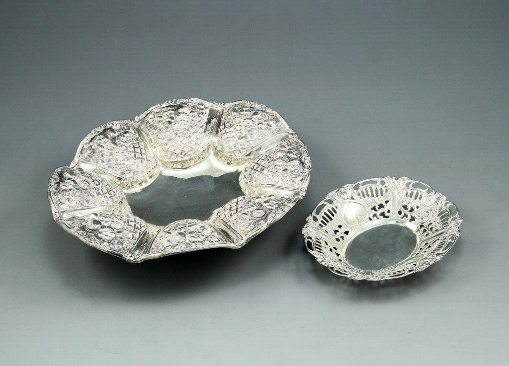 Lot of two Silver Bowls