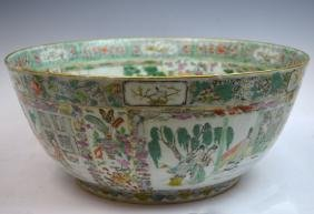 Large Chinese Famille Verte Porcelain Bowl