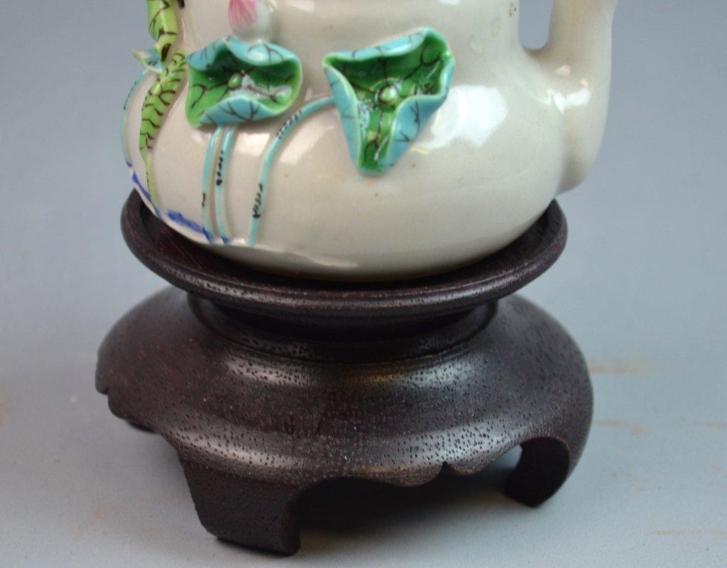 Chinese Famille Rose Porcelain Tea Pot w/ Lotus - 5
