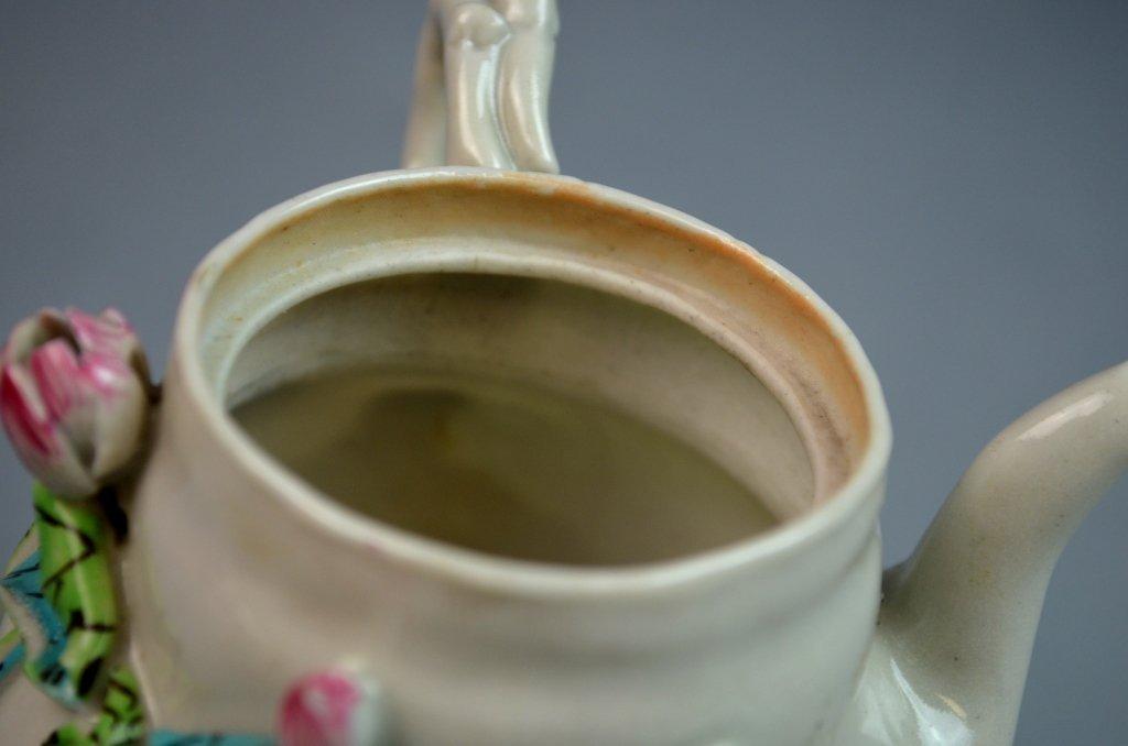 Chinese Famille Rose Porcelain Tea Pot w/ Lotus - 9