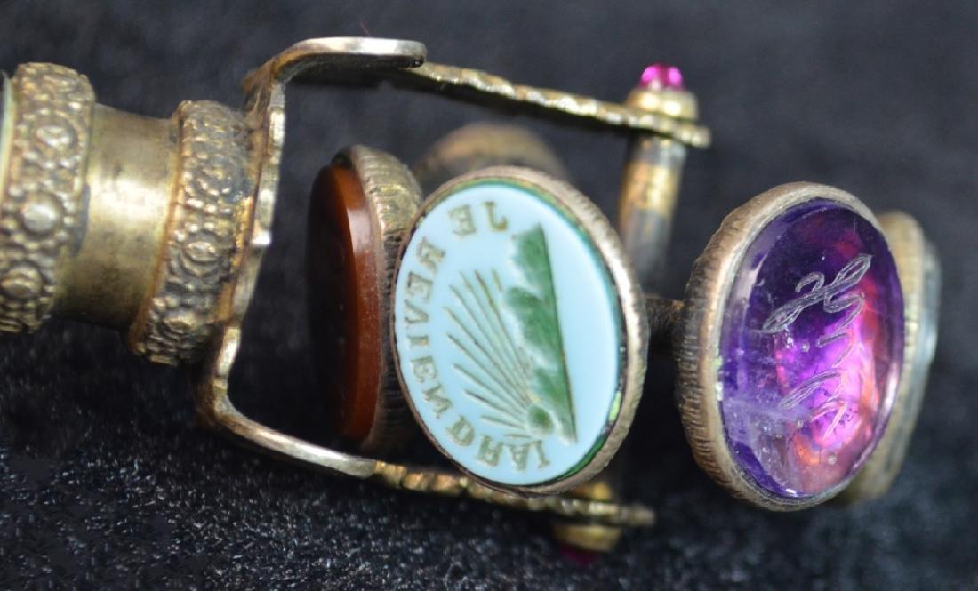 2 Metal Decorative Seals - 4
