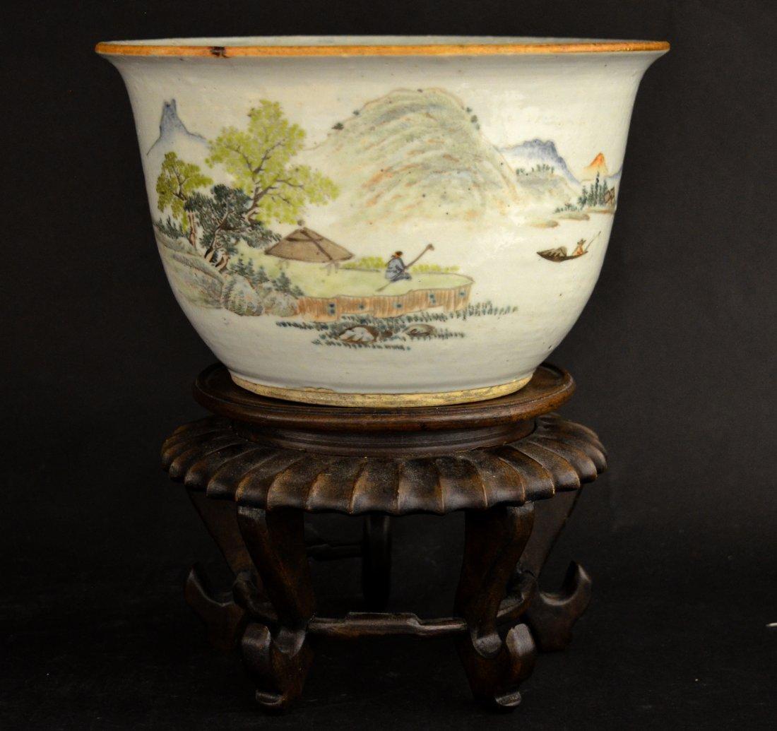 Chinese Porcelain Famille Rose Planter