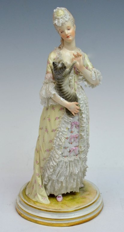 Meissen Lady With Cat