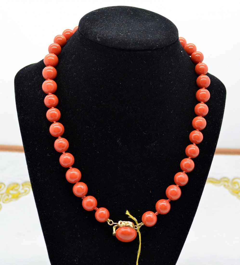 Coral Beaded Necklace with 14 K Gold Clasp
