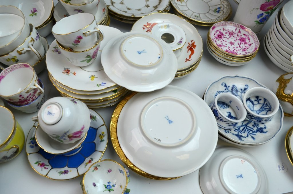 Meissen Porcelain Items - 9