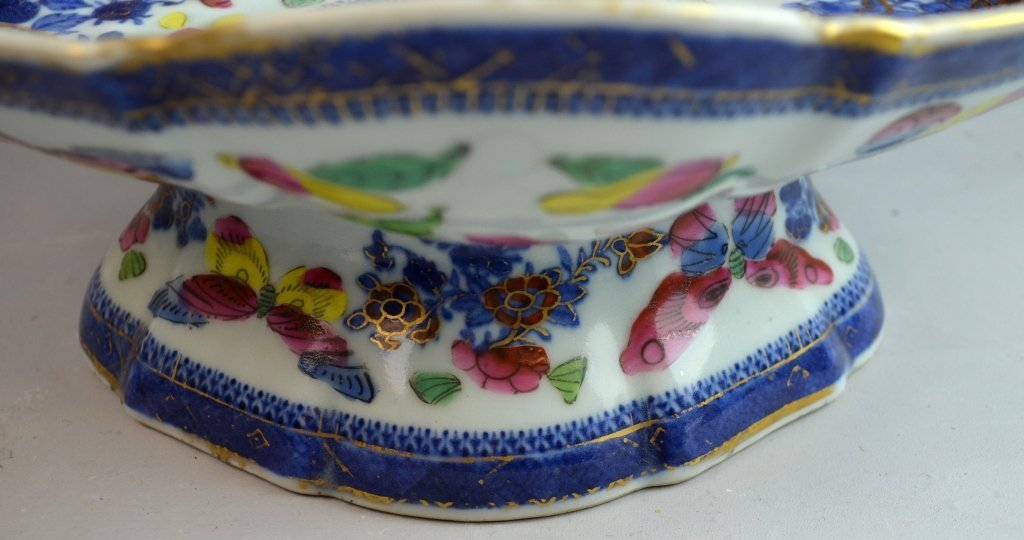 Oval Chinese Blue and White Gold Gilt Stem Bowl - 3