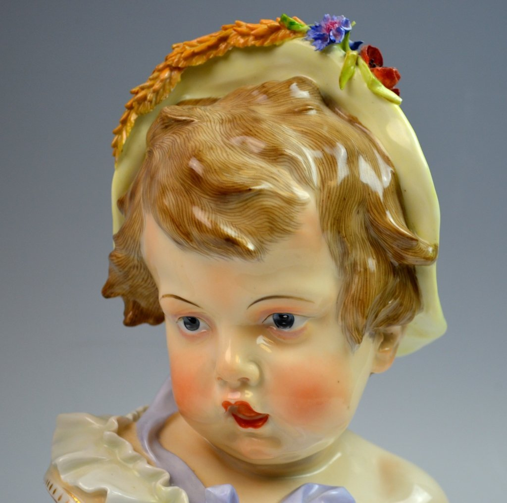 Pair of Meissen Style Bust of Boy and Girl - 2