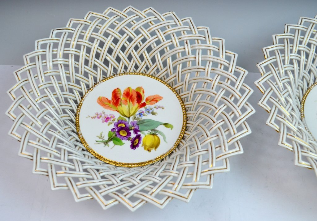 Pair of Meissen Reticulated Porcelain Bowls - 3