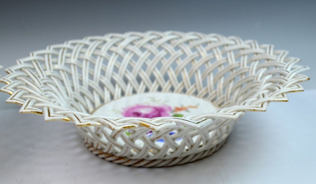 Pair of Meissen Reticulated Porcelain Bowls - 4