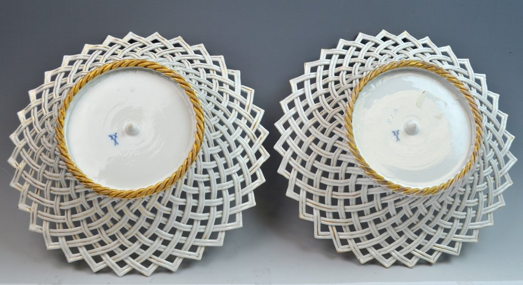 Pair of Meissen Reticulated Porcelain Bowls - 5