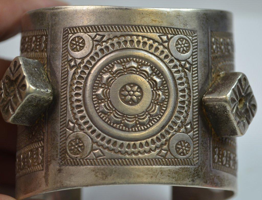 Islamic Tribal Silver 2 Bracelets and 2 Earlings - 5