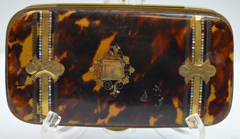 Gold Box with Stone Inlaid