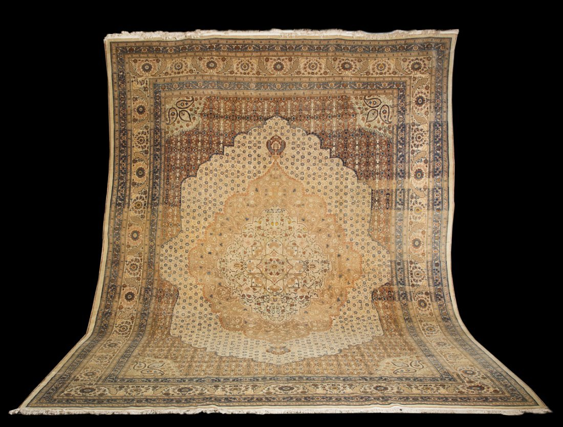 Important Tabriz Roomsize Priental Rug, 11' x 15'