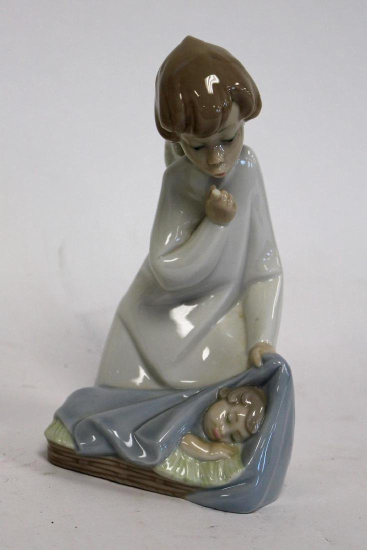 Three(3) Lladro Porcelain Figurines - 4