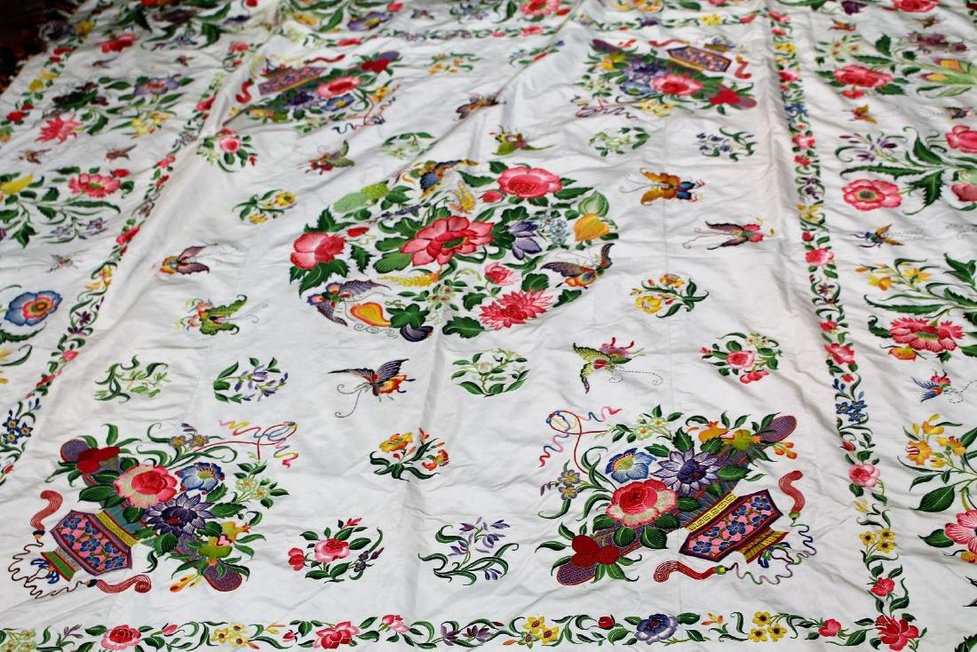 Chinese Embroidered Silk Bedspread - 2
