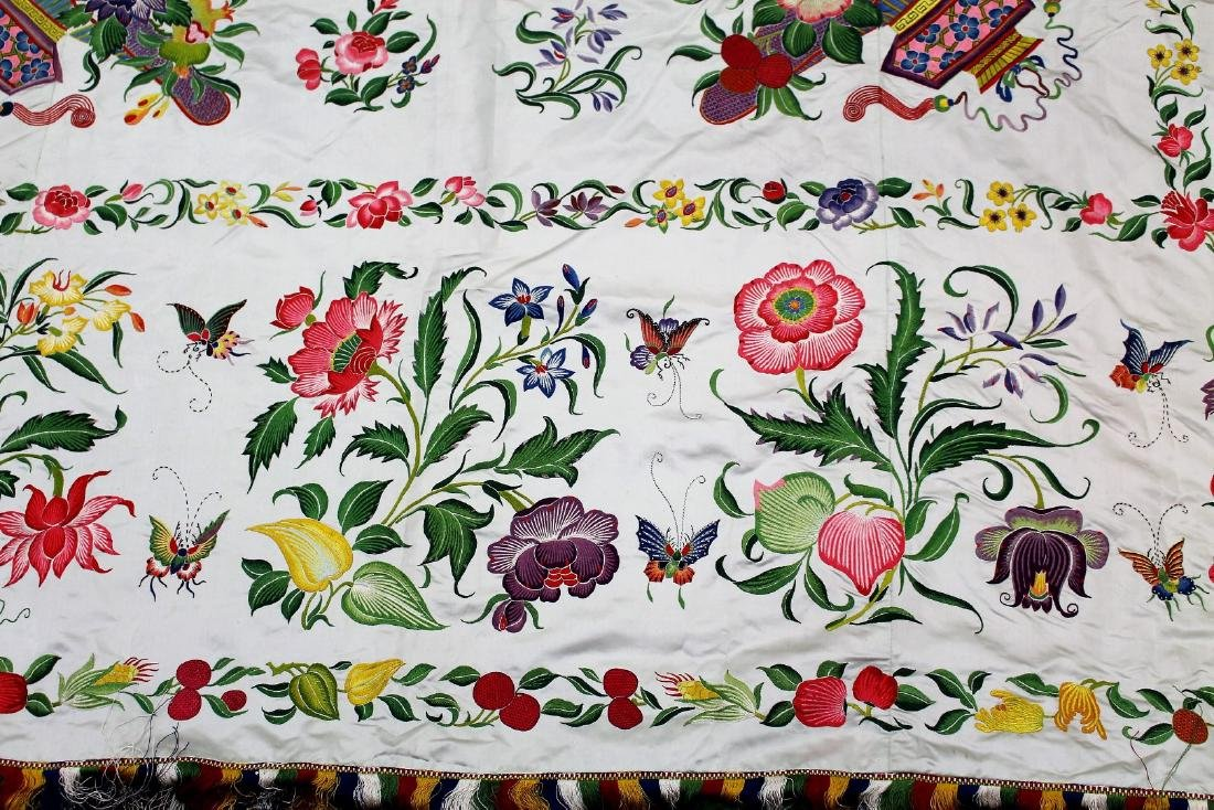 Chinese Embroidered Silk Bedspread - 3
