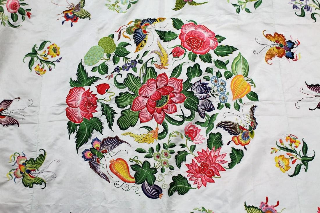 Chinese Embroidered Silk Bedspread - 5