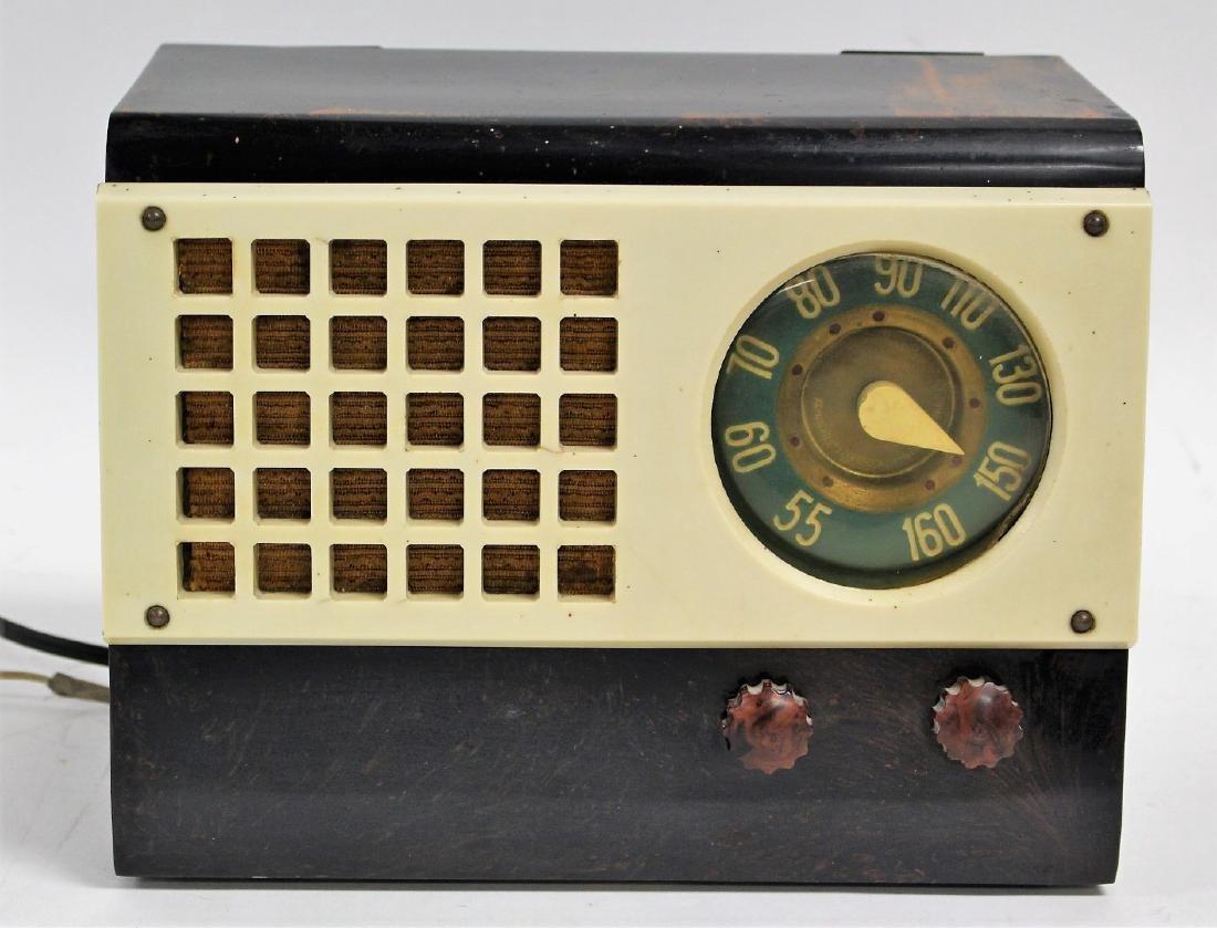 Emerson Art Deco Radio