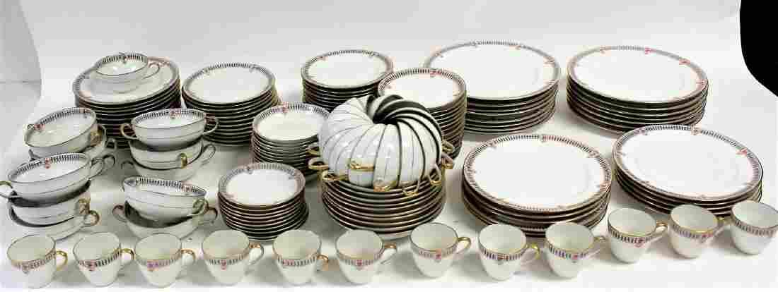 Limoges Porcelain Dinner Service(150 pcs)