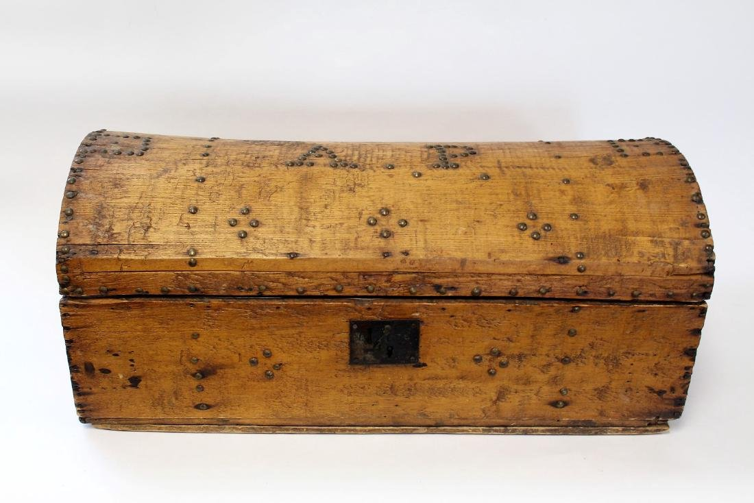 Early Pine Dome-Top Trunk