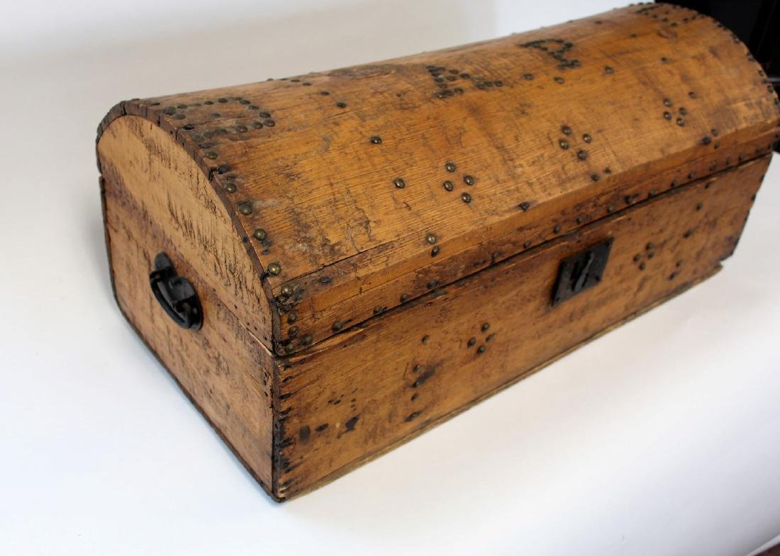 Early Pine Dome-Top Trunk - 2