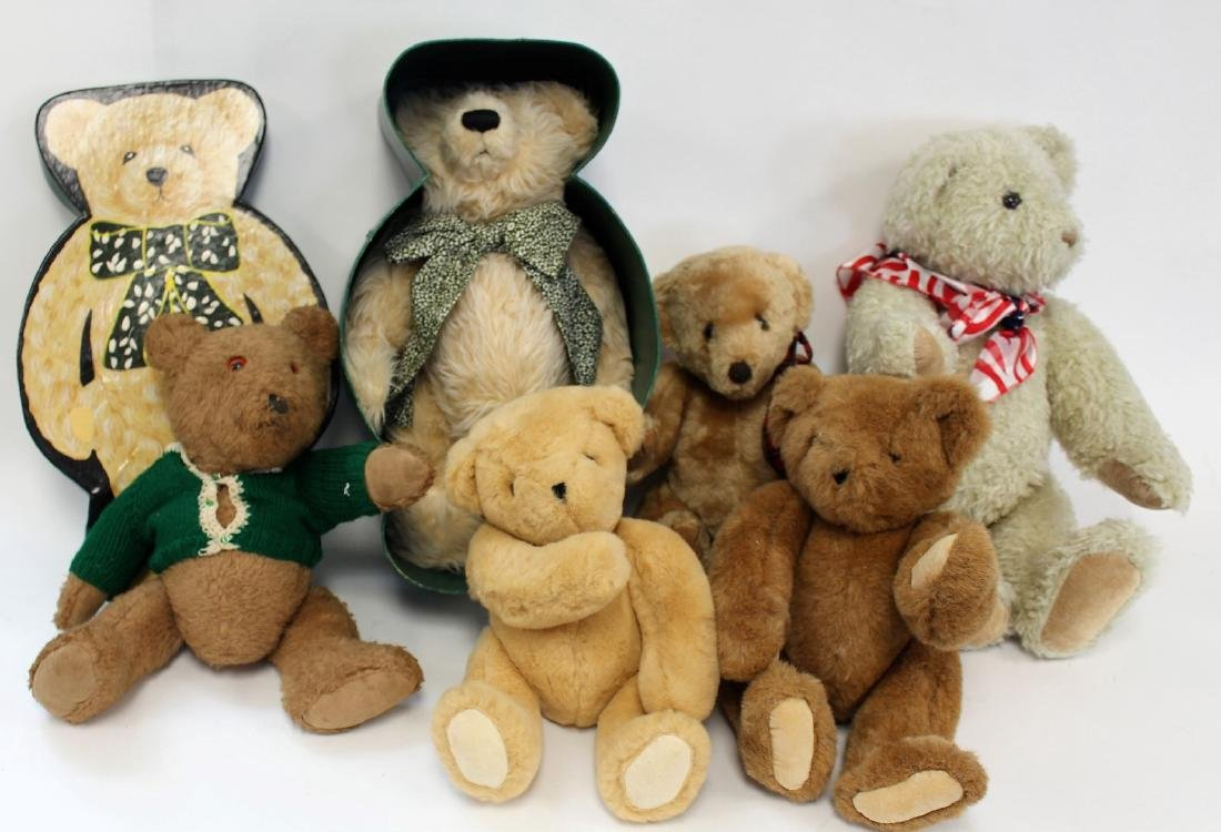 Lot of Miscellaneous Vintage Teddy Bears(6)