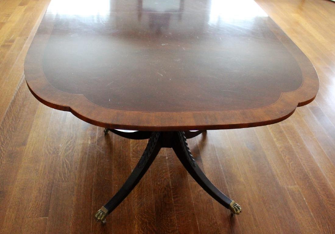 Sheraton Style Inlaid Mahogany Dining Table - 4