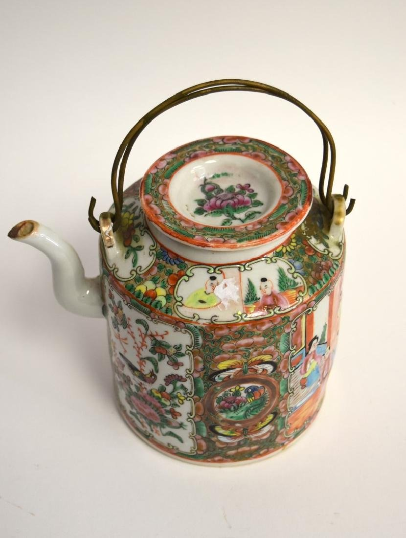 19thC. Chinese Rose Medallion Porcelain Teapot - 2