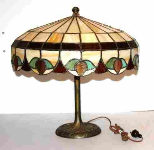 Bigelow & Kinnard Leaded Glass Lamp
